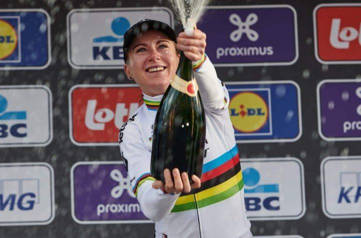 Annemiek Van Vleuten se va al movistar team